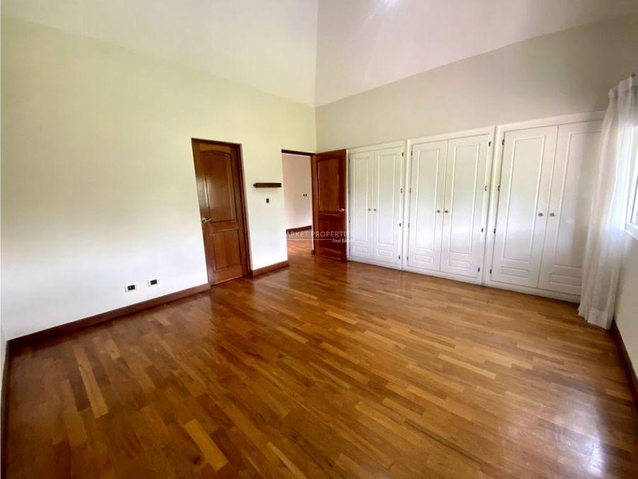 casa en renta zona 16 bouganvilias de cayala