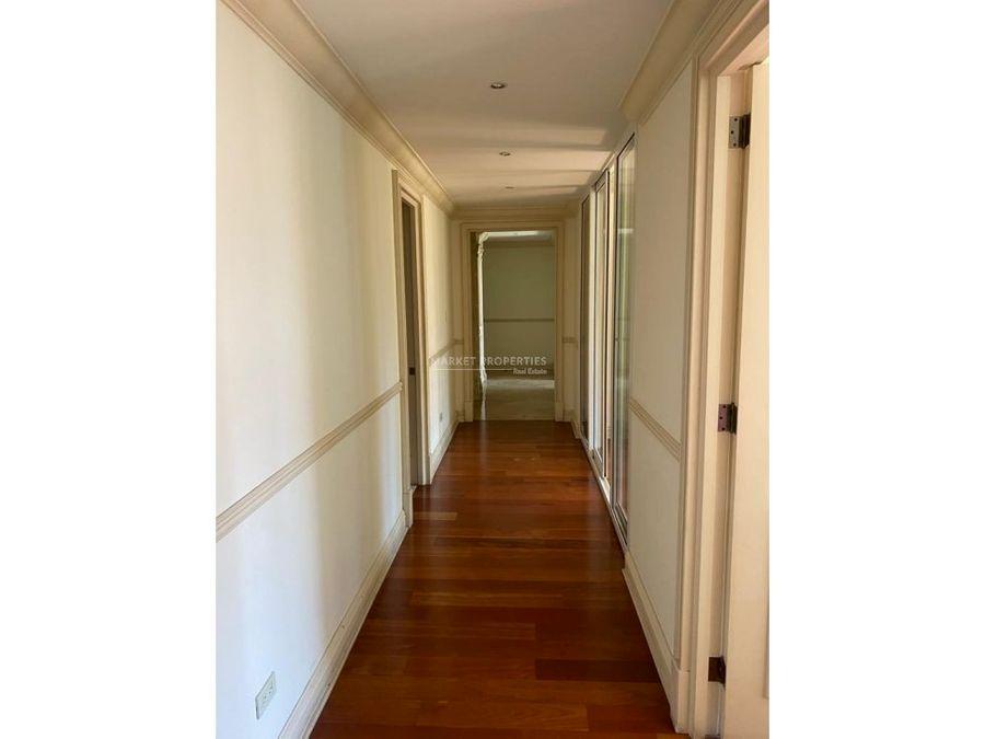 alquiler de amplio apartamento en zona 14