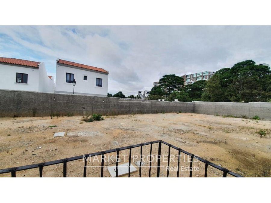 casa en venta en zona 16 olmos de cayala