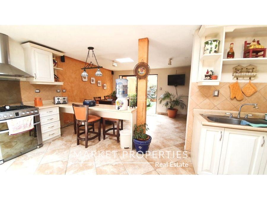venta de hermosa casa en la montana zona 16