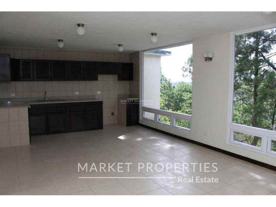 apartamento en renta en residenciales san carlos zona 16