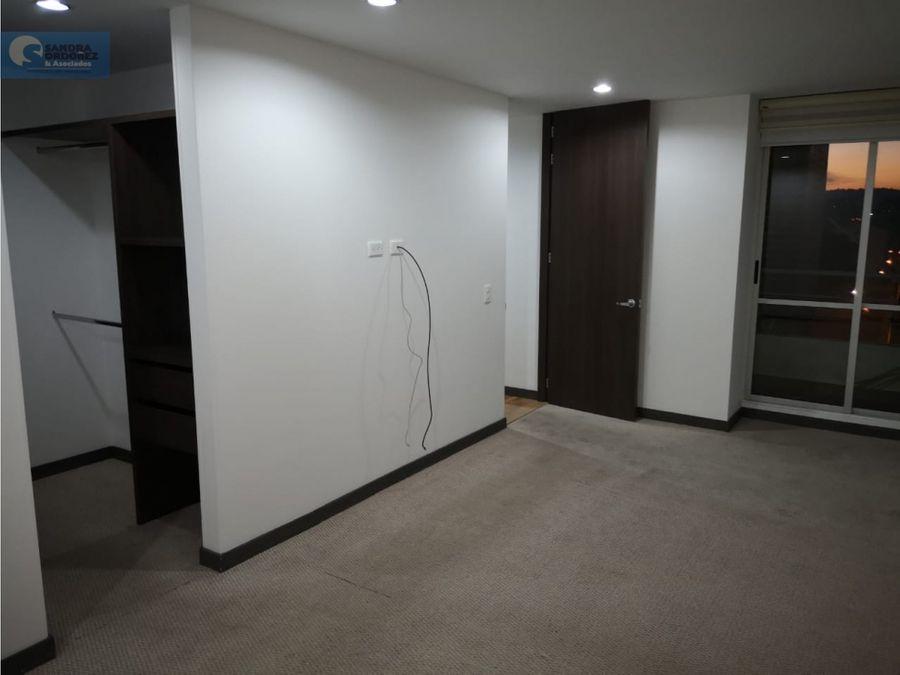 venta apartamento esquinero 101m 3hb 3bn 2 gj 1 dp