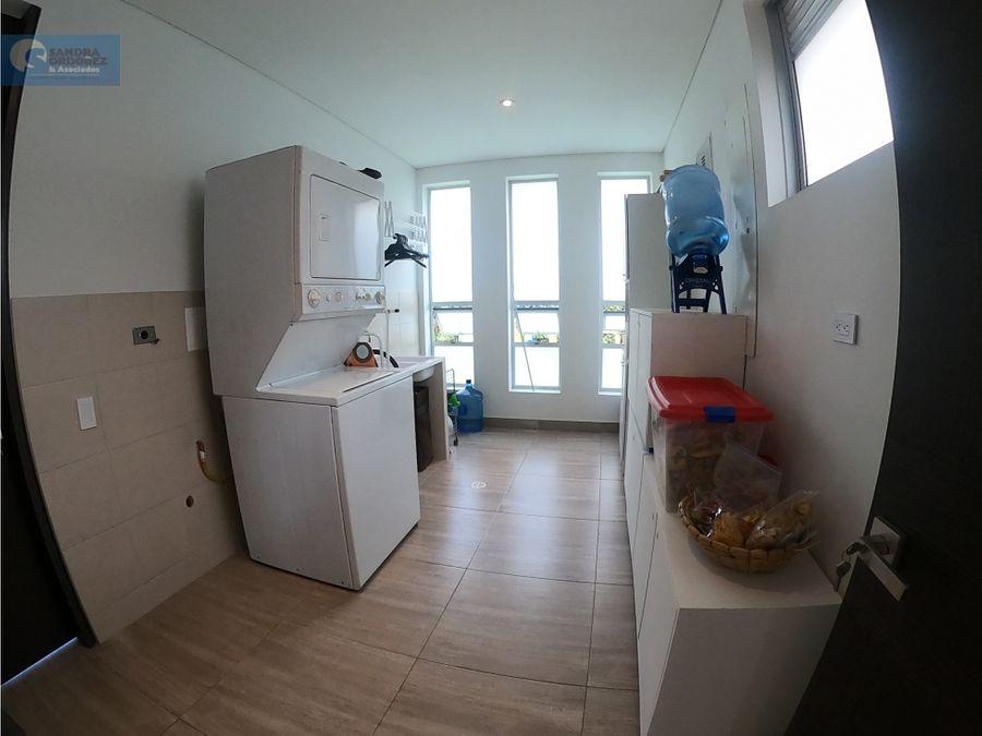 vta casa 1 piso cajica 230 m 3 hb 4 bn 2 gj