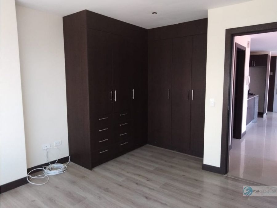 suite de venta centro norte de quito la carolina