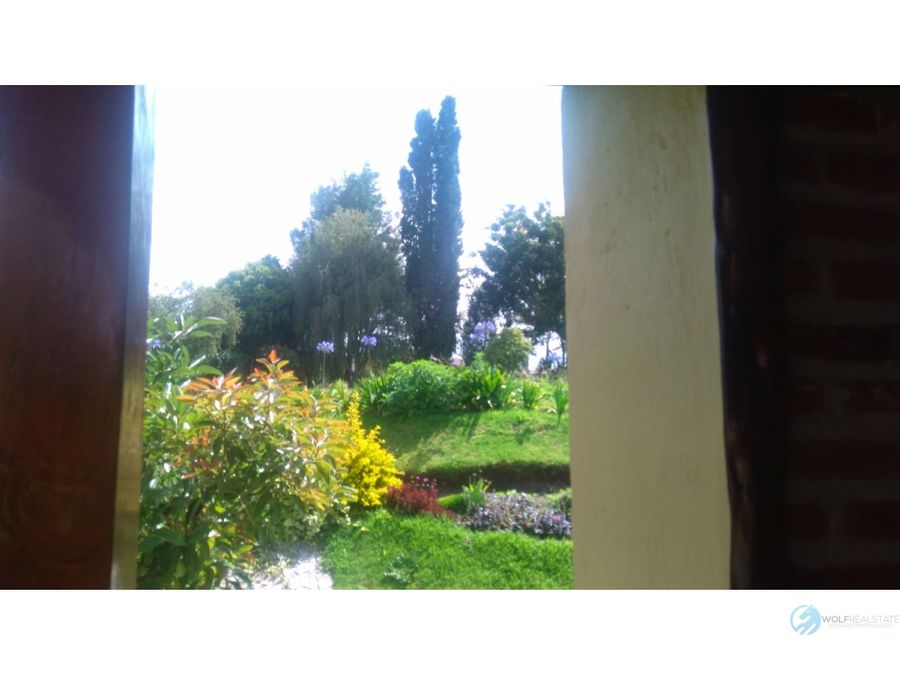 casa de venta en quito pakakuna gardens checa