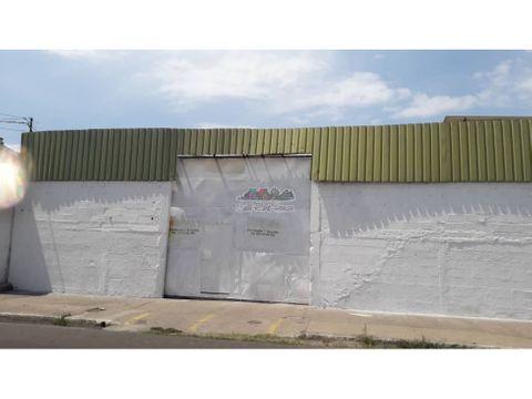 calle sucre oficina local deposito taller en venta puerto la cruz