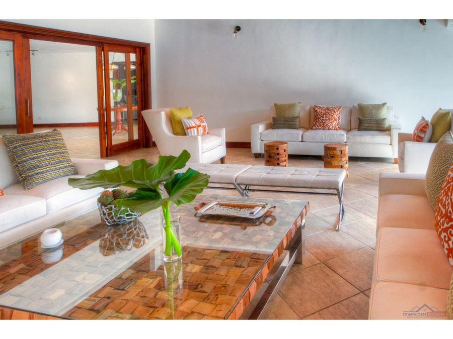 villa renovada en casa de campo