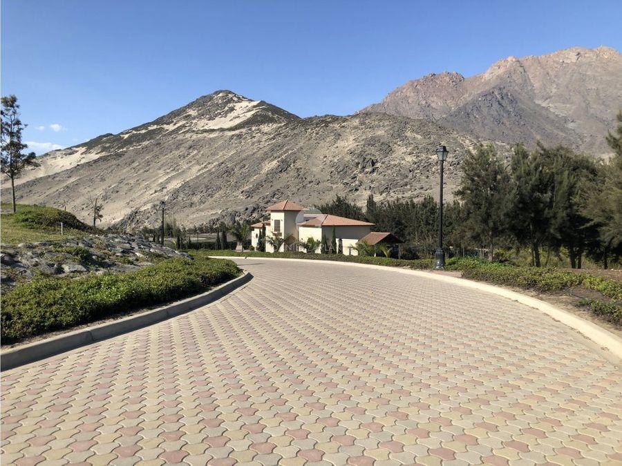 en venta terreno de 1300m2 en valle alto