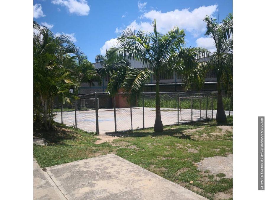 se vende apto 98m2 2h2b1petrz jardines de pacairigua guatire