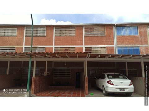 se vende casa 100m2 4h2b1pe bonaventura country club guatire