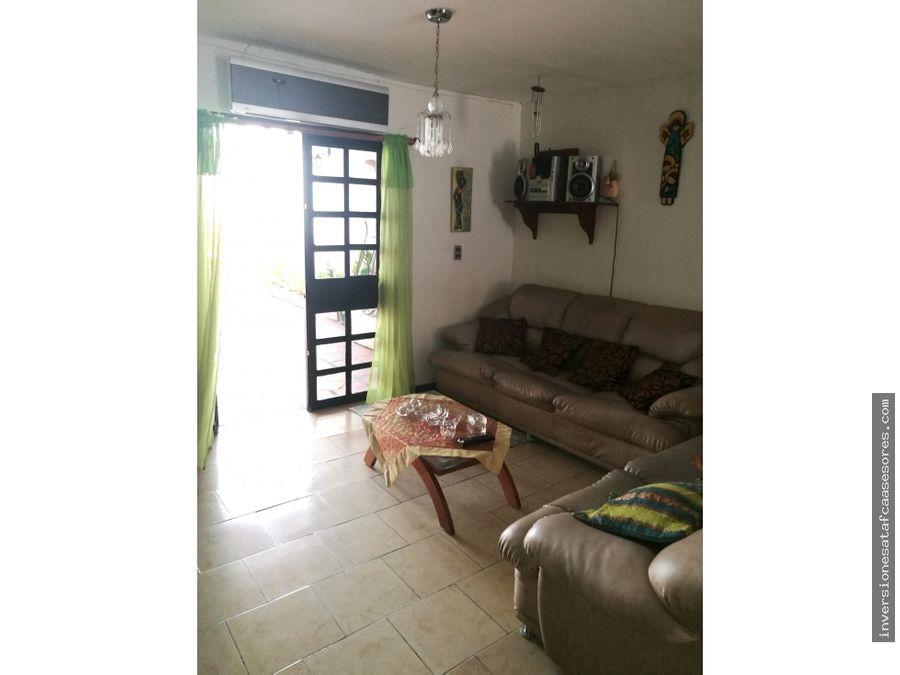 se vende casa 115mt2 4hab3b1petrz altos de copacabana
