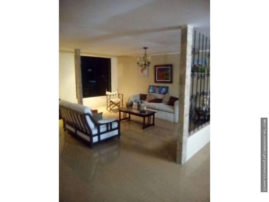 se vende casa 370mt2 3hab 3b 6pe colinas de caicaguana caracas