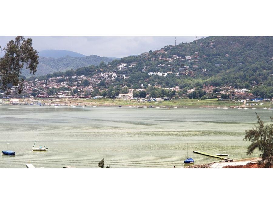 terreno comunal con acceso al lago