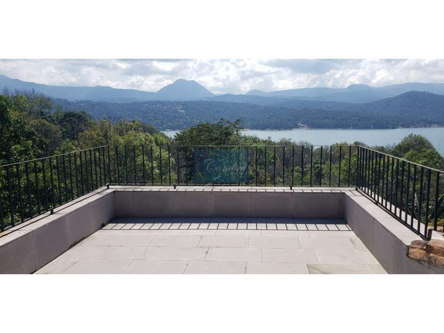 espectacular vista al lago