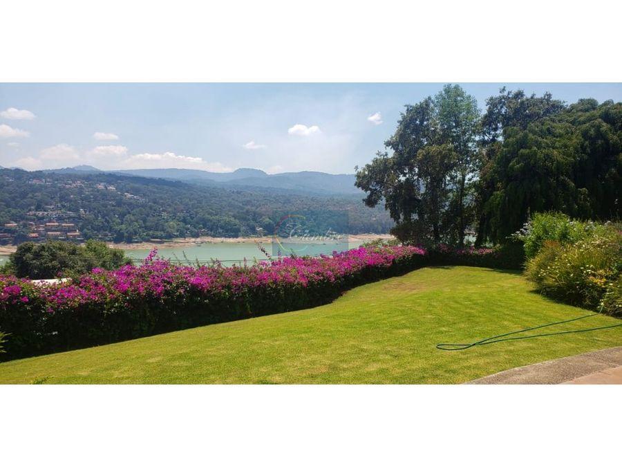 residencia el coporito con vista al lago