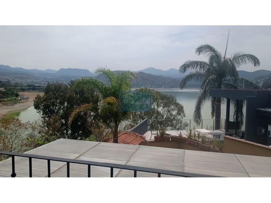 venta de casa en exclusivo fraccionamiento con vista al lago