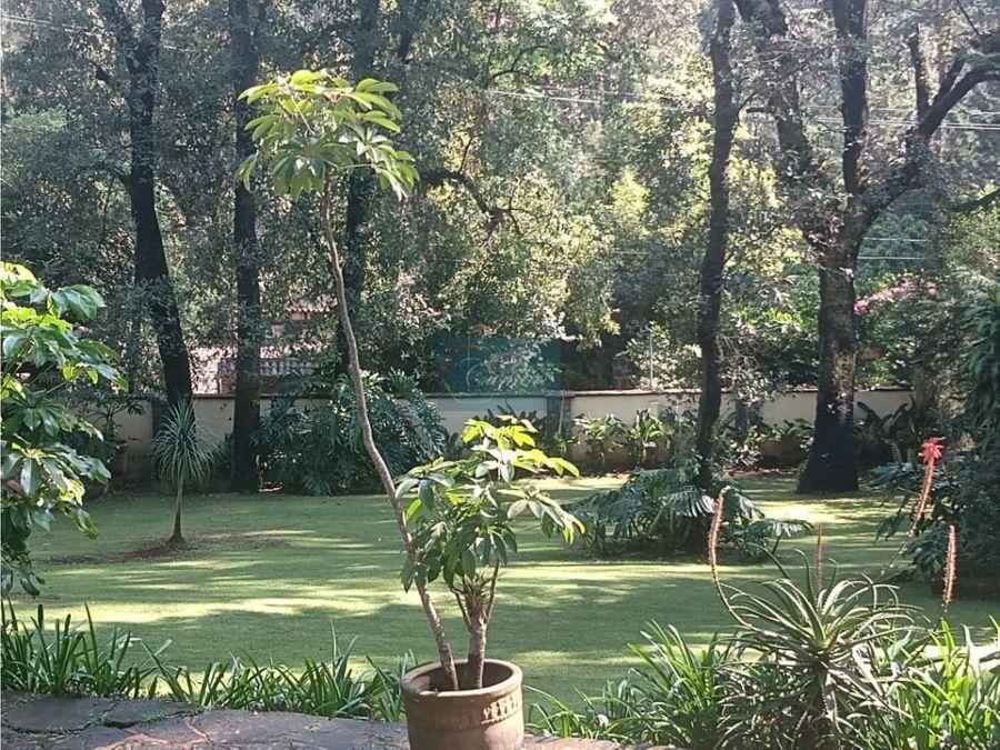 casa en avandaro con amplio jardin