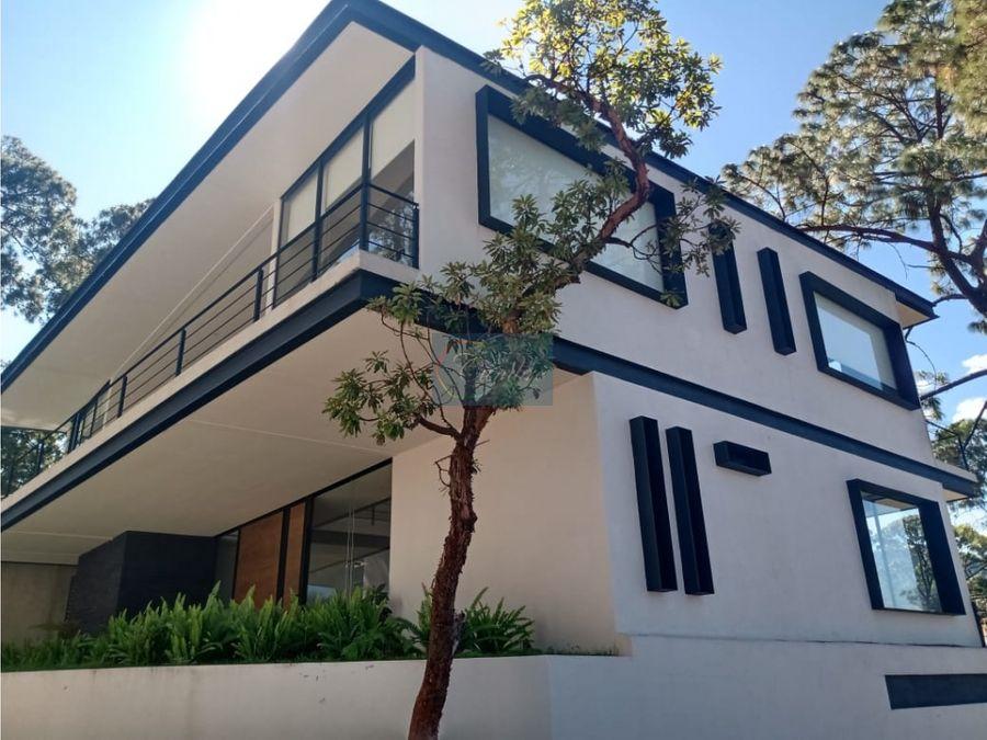 casa moderna en avandaro