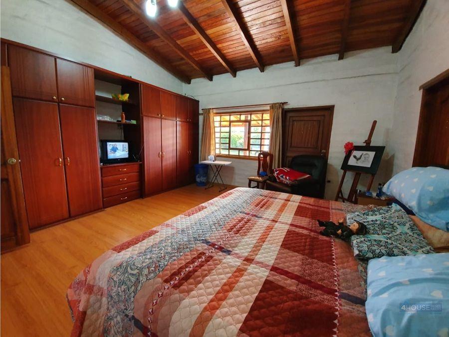 casa en conocoto para vivienda comercio y servicios