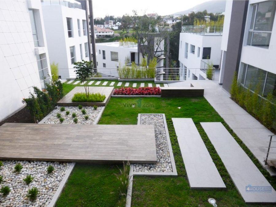 duplex tipo loft en conjunto residencial sironi cumbaya