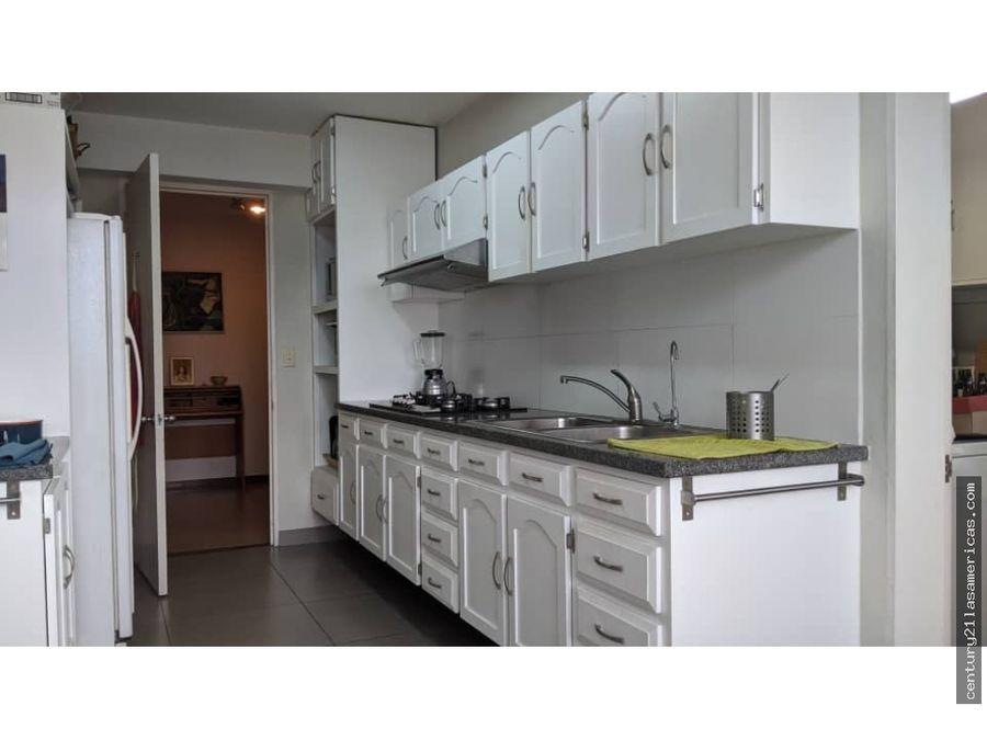 en venta apartamento la castellana 152m2 3hs 2bs 2e