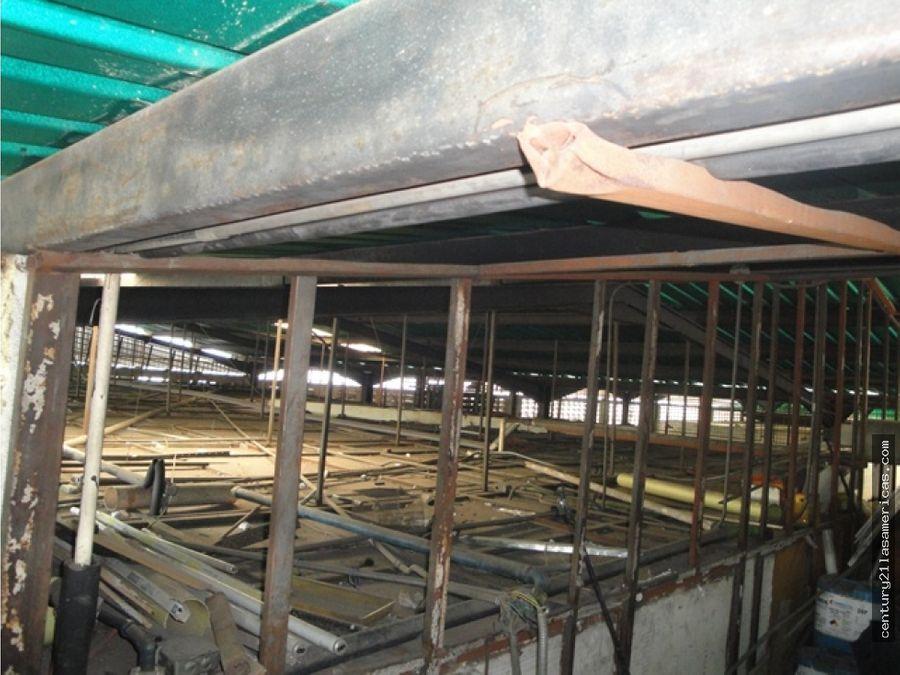 venta de fabrica de embutidos galpon de 501 m2 y fondo de comercio
