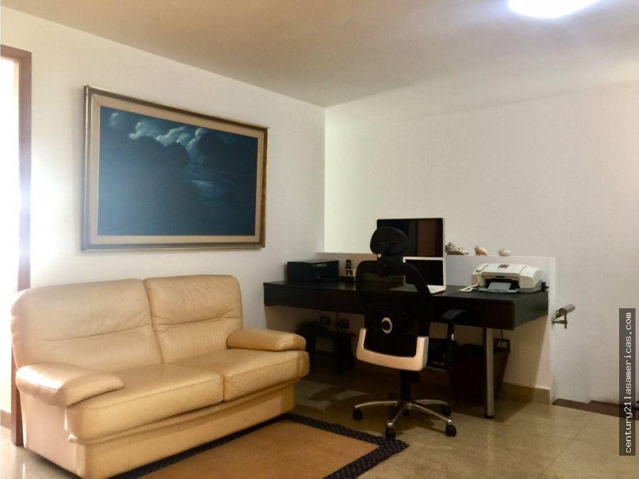 apartamento duplex de lujo escampadero