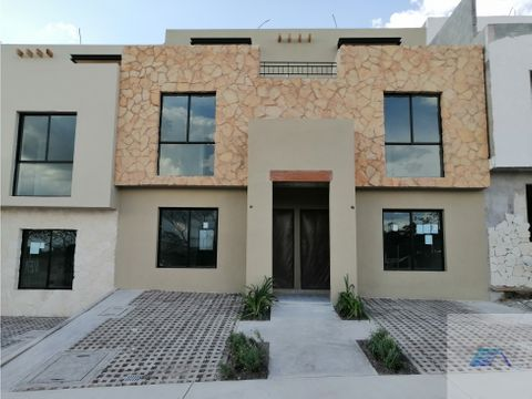 casa en venta con roof garden en ciudad del sol queretaro gtc