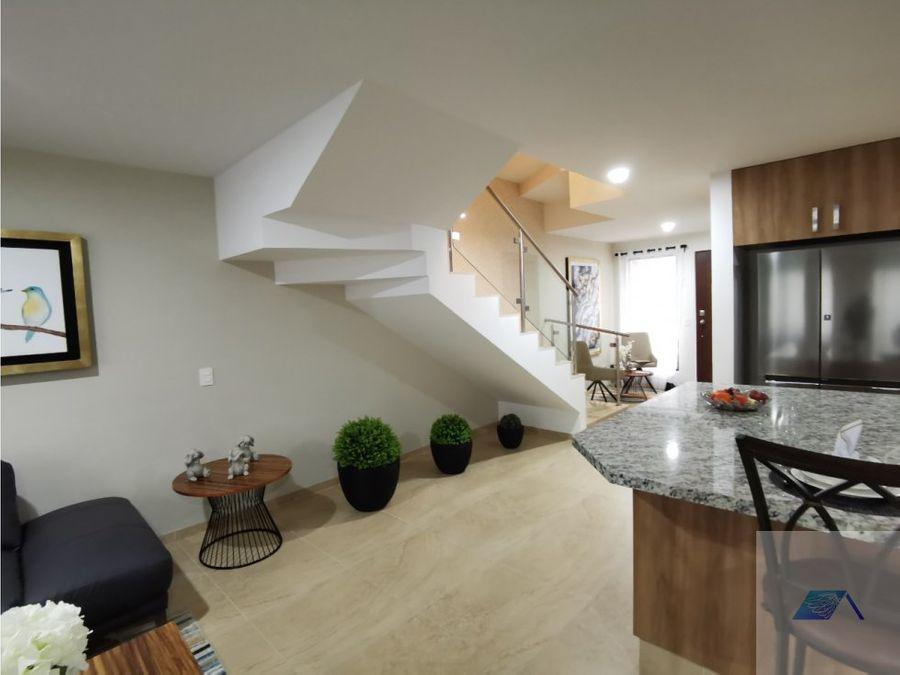 casa en venta con roof de garden en zakia el marques queretaro gcm