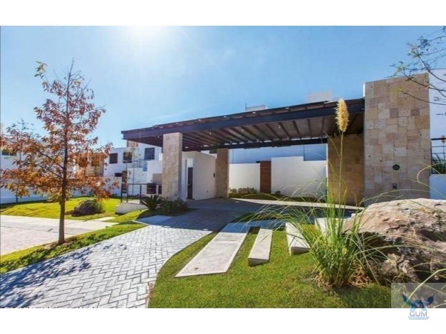 casa en venta con roof garden cerca de el refugio queretaro gaa