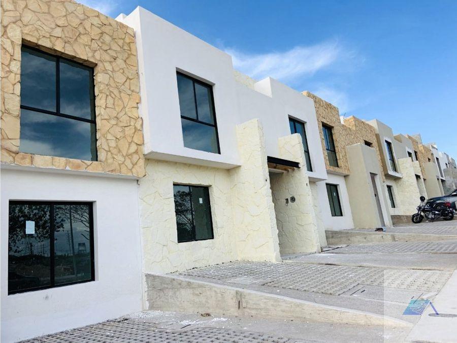 casa en venta con roof garden en ciudad del sol queretaro grj