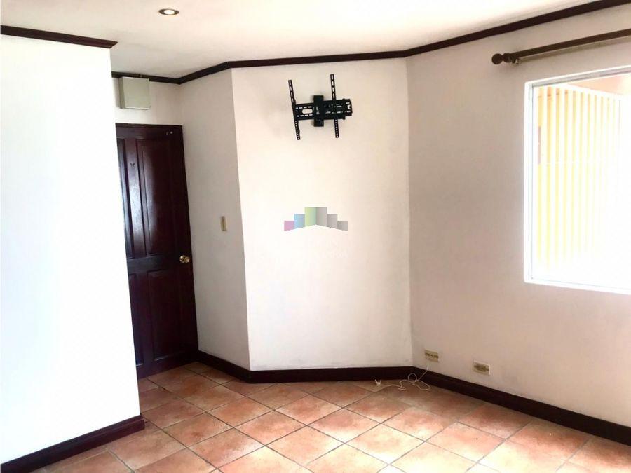 apartamento en san pedro en lourdes de montes de oca