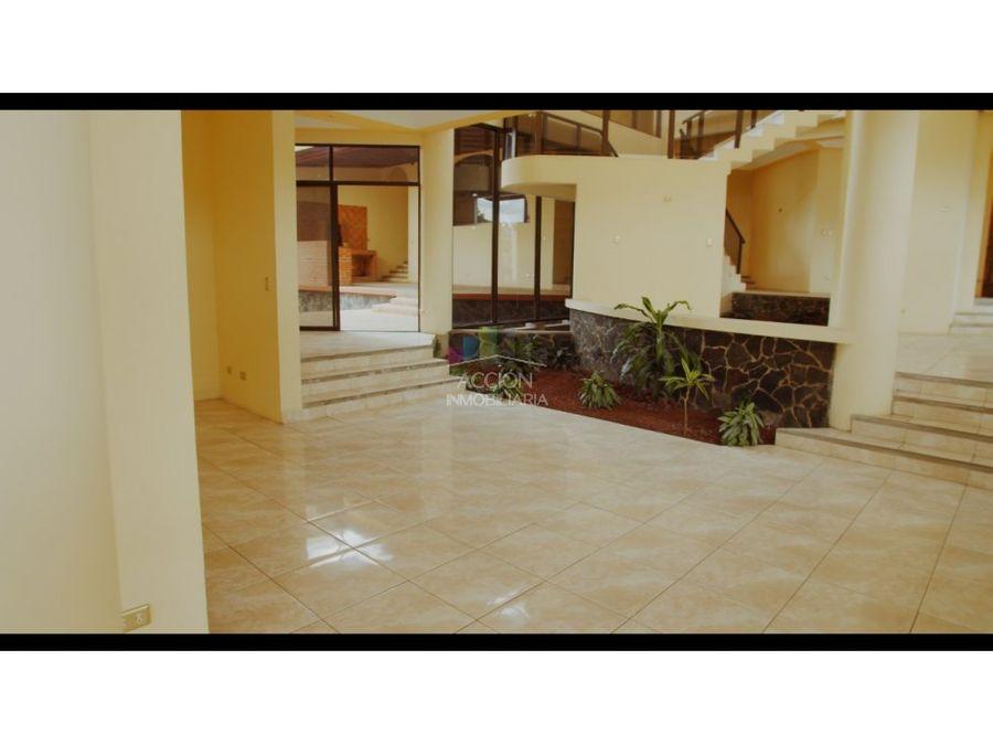alquiler de casa en rohrmoser uso residencial y comercial