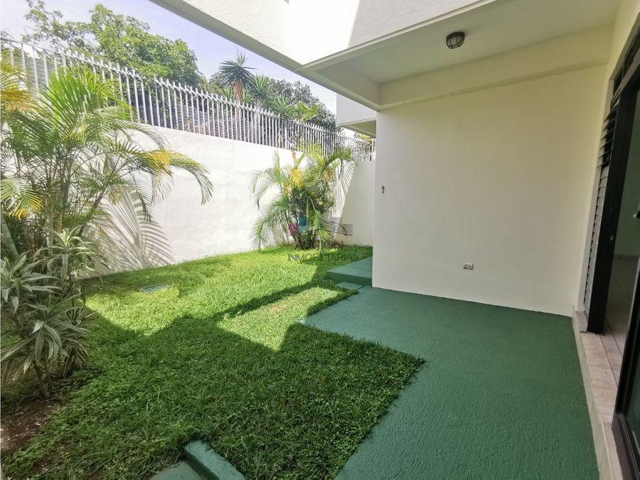 casa en curridabat independiente con patio