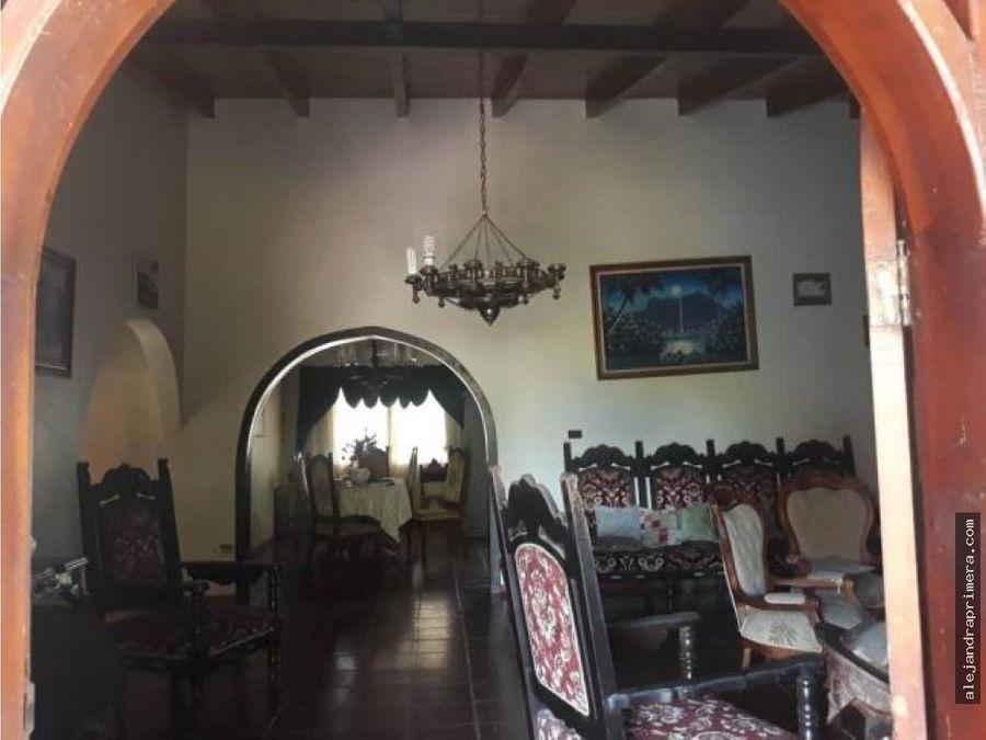 casa en venta en dona emilia punto fijo