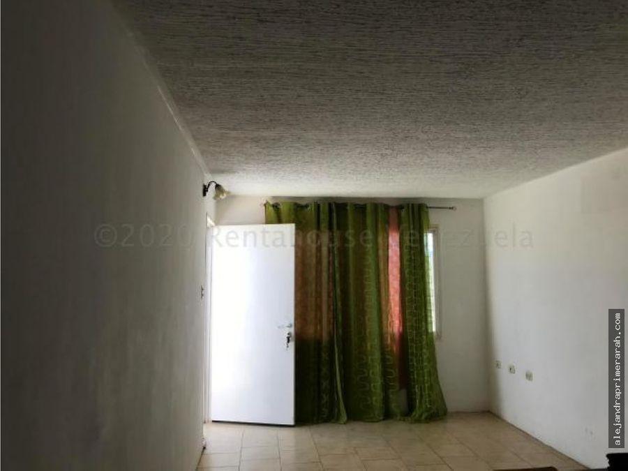 casa en venta en pedro manuel arcaya punto fijo