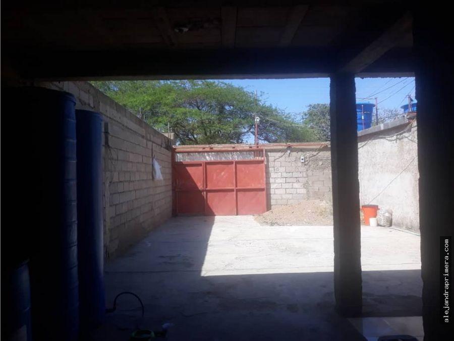 casa en venta en caja de agua punto fijo