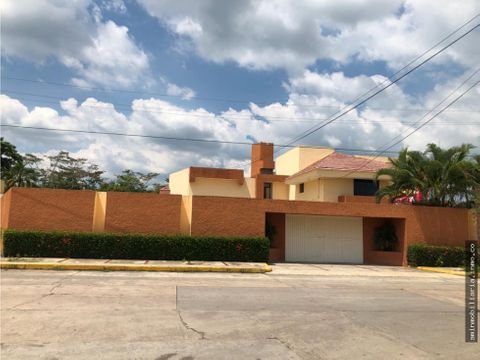 casa en venta o renta excelente ubicacion comalcalco tabasco