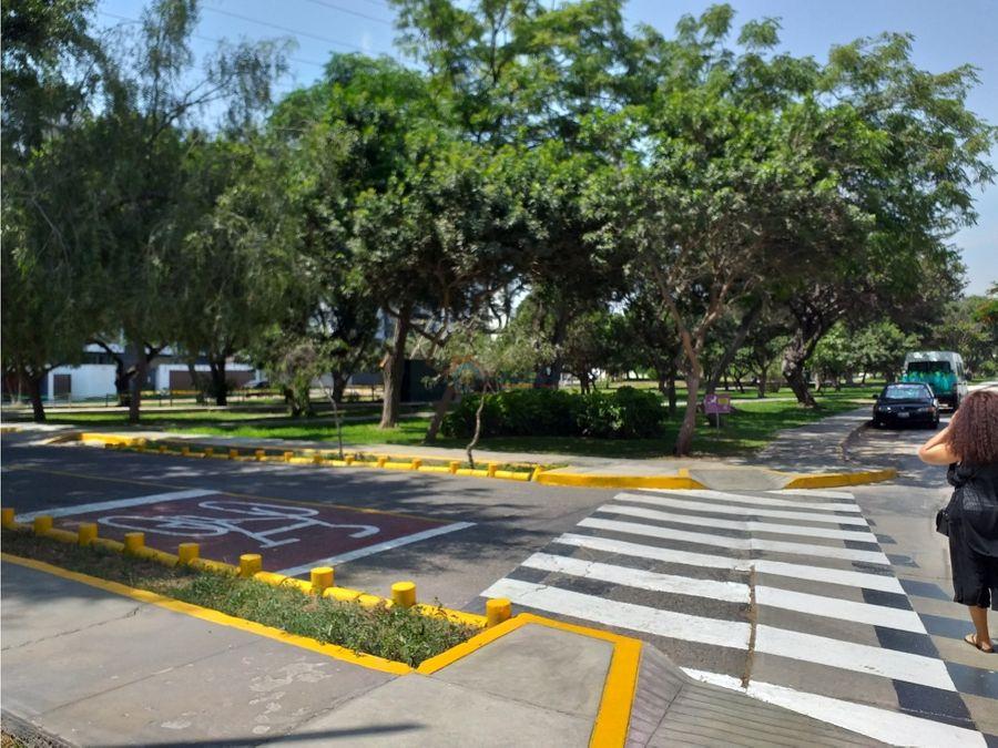 flat rodeado de parques cerca a pentagonito