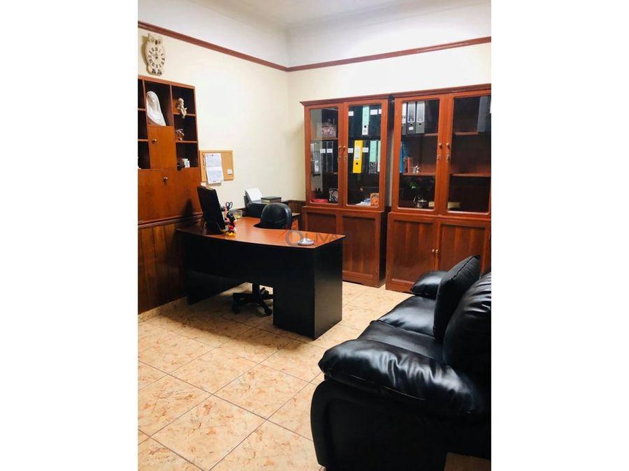 alquilo hermosa casa como vivienda u oficina