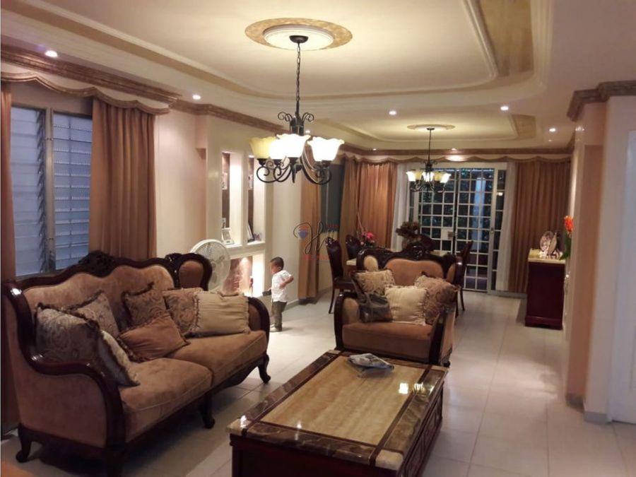 linda casa duplex en venta en las cumbres