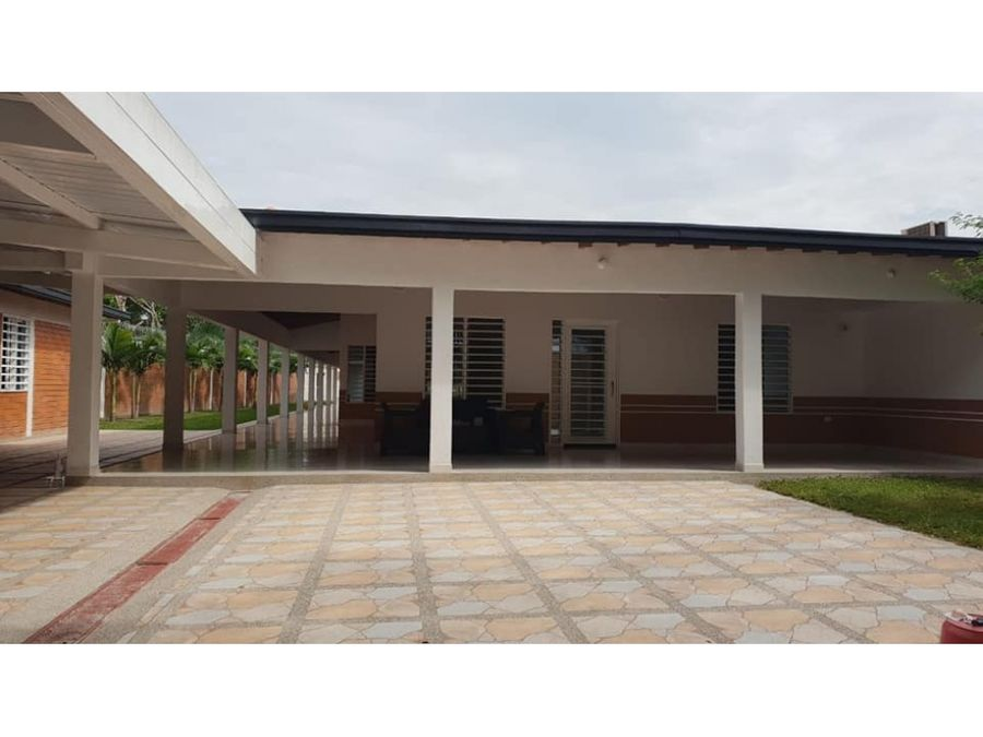 venta de casa quinta sector aeropuerto cartago valle