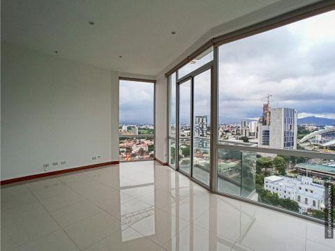 apartamento vistas de nunciatura piso alto frente al parque