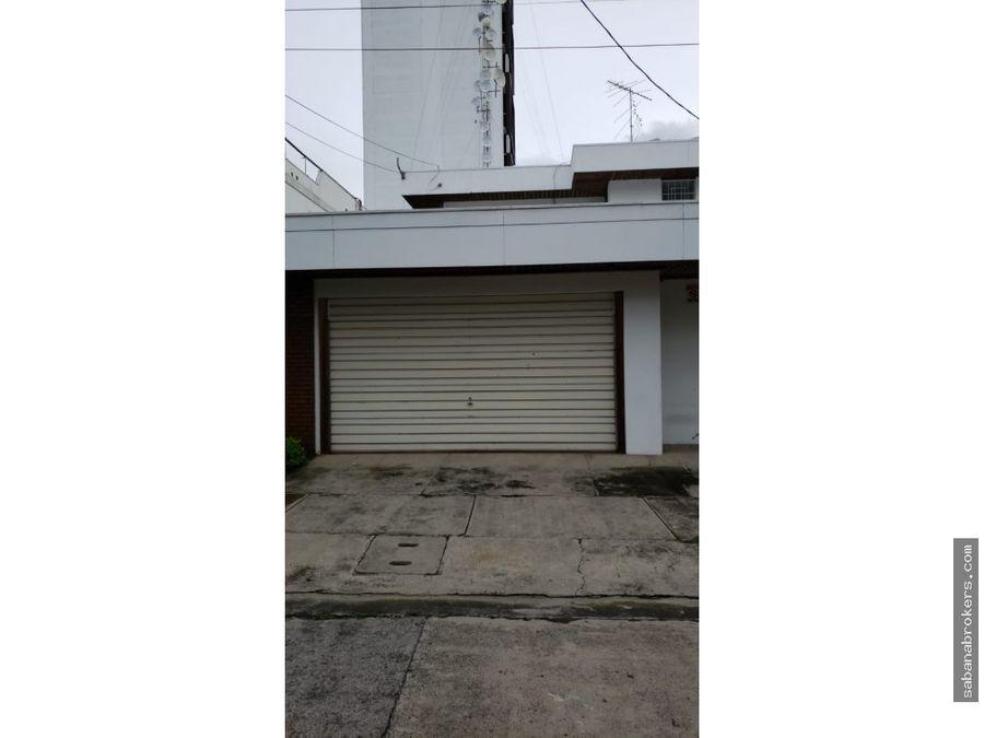 casa alquiler en barrio rohrmoser