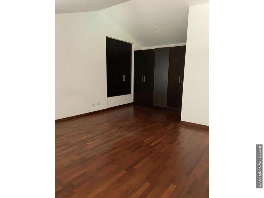 via nova 3 habitaciones santa ana