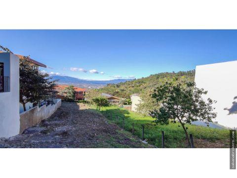 terreno en residencial montana luna con planos para construir