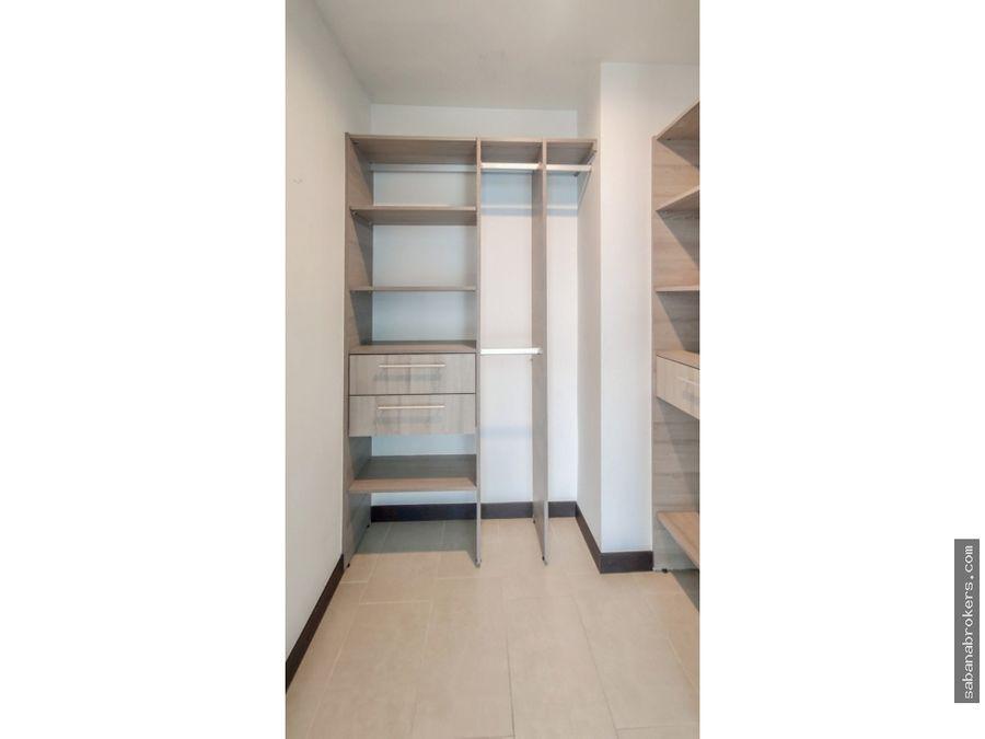 amplio apartamento de dos habitaciones qbo vista parque