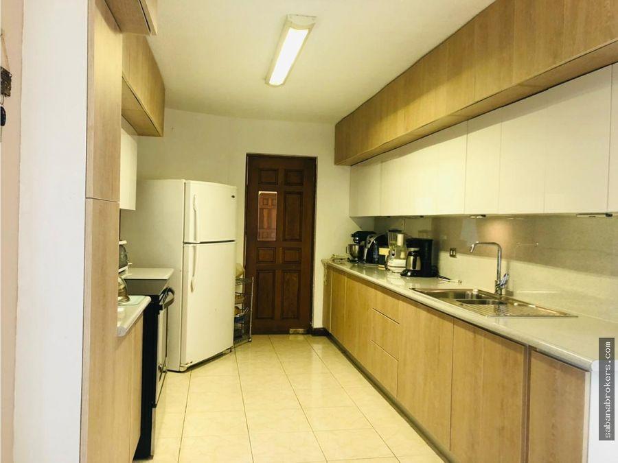 apartamento con vista en condominio pasadena