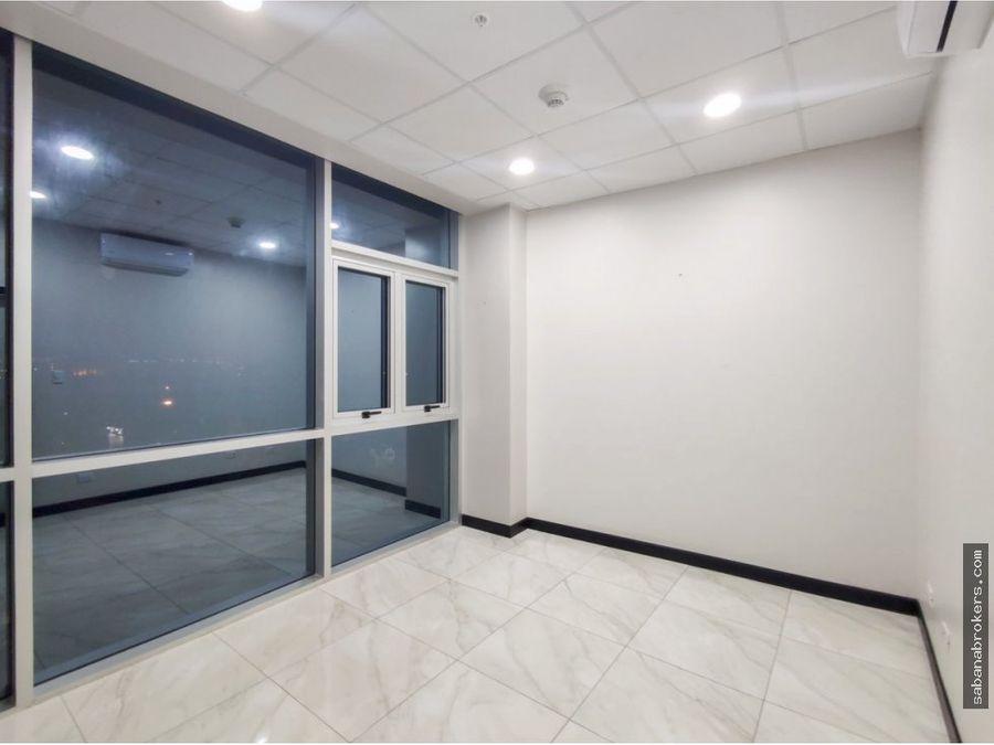 oficina con acabados y ac 100m2