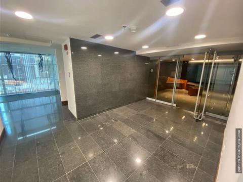 oficina en alquiler las mercedes 680 m2